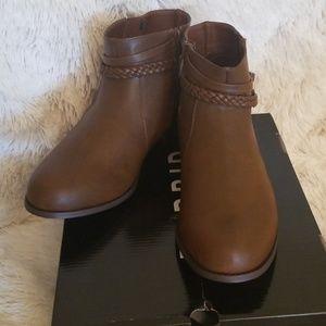 NIB Torrid Brown Boots Size 9.5W